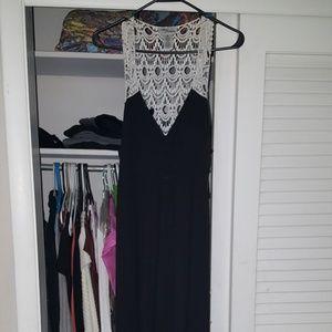 NWOT Lace Back Maxi Dress